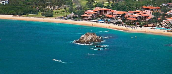 Barcelo Huatulco Beach, All Inclusive Honeymoons