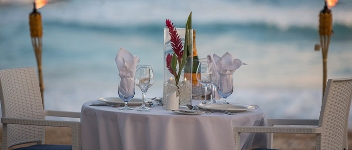 beach dining is a nice touch for your Barbados honeymoon or wedding