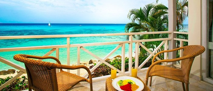 Barbados crystal blue waters and stunning views
