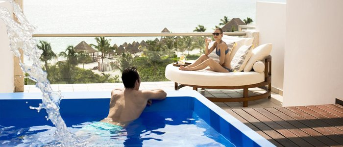 cancun honeymoon suite