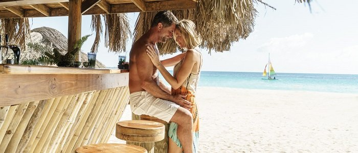 Couples Resorts Jamaica include beach side service