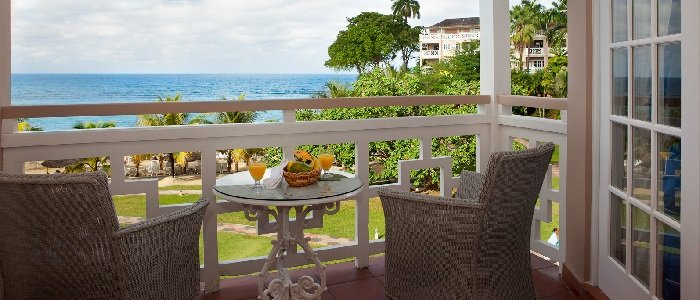 Couples Sans Souci includes private balconies and patios
