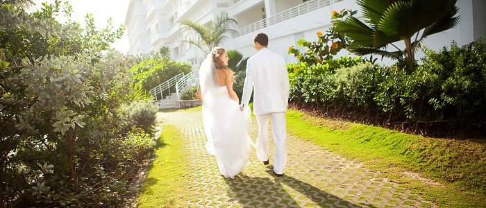 Couples Tower Isle includes affordable wedding packages
