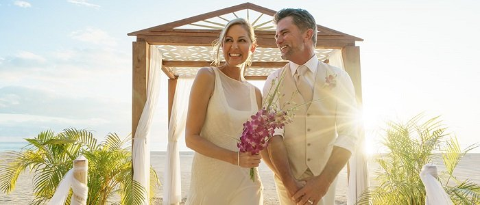 Couples Resorts Jamaica include wedding packages