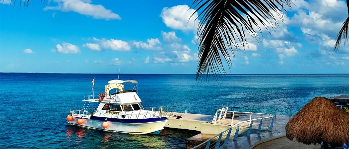 Dive boats in Cozumel