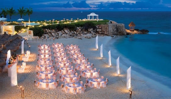 Dream Cancun All Inclusive Destination Wedding Resort is one of our most popular for all ages in the entire Caribbean