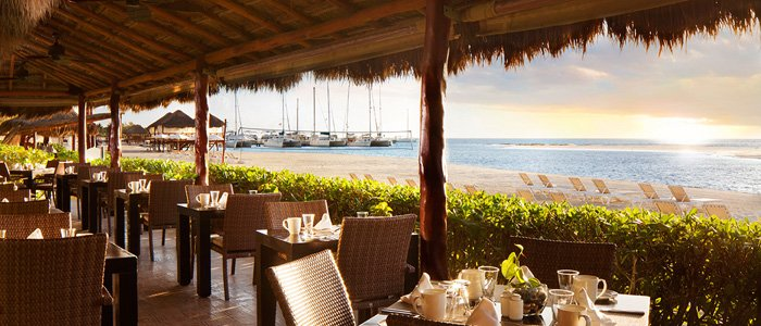El Dorado Maroma includes fine dining and beach side surf and turf