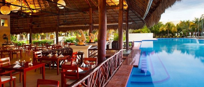 El Dorado Casitas Royale includes swim up bar