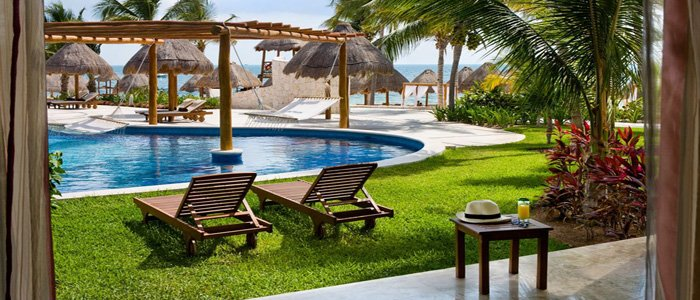 Excellence Playa Mujeres includes swim out suites
