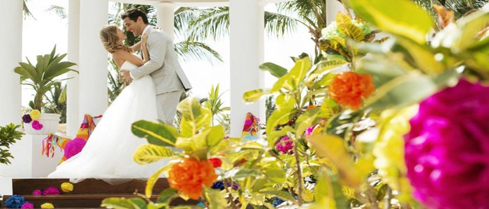 Excellence Riviera Cancun includes affordable wedding packages