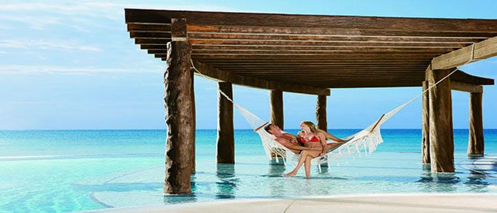 NOW-JADE-RIVIERA-CANCUN-HONEYMOON-CLEAR-WATERS