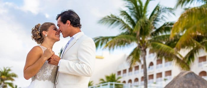 Le Blanc Cancun offers affordable wedding and vow renewal packages
