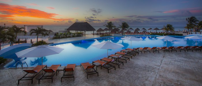 Moon Palace Cancun includes beautiful ocean views