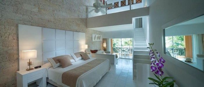 punta-cana-princess-resort-honeymoon-suite-bedroom