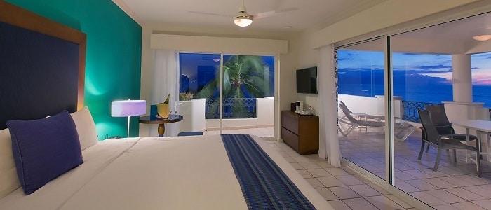 all-inclusive-honeymoon-suite-puerto-vallarta