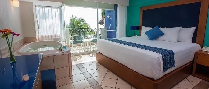 jacuzzi-room-puerto-vallarta