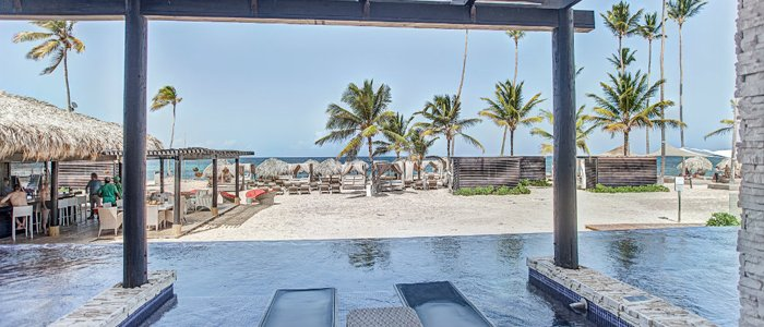 Chic Punta Cana includes swim out suites