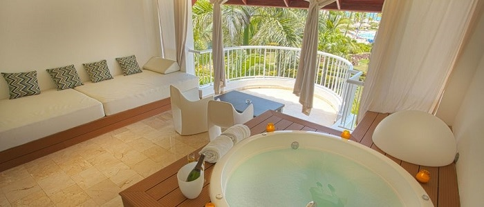 Royal suites turquesa adults only all inclusive punta for Honeymoon suites in louisville ky