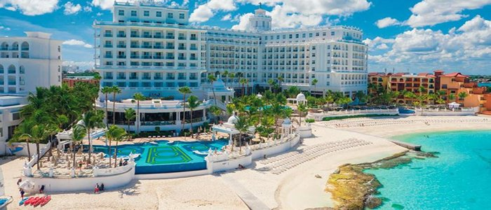 Riu Palace Las Americas all inclusive resort