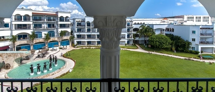 Royal-Playa-Del-Carmen-Royal-Junior-Suite-Central-Garden-View-Balcony