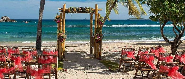 Book your destination wedding at Bolongo Bay!!
