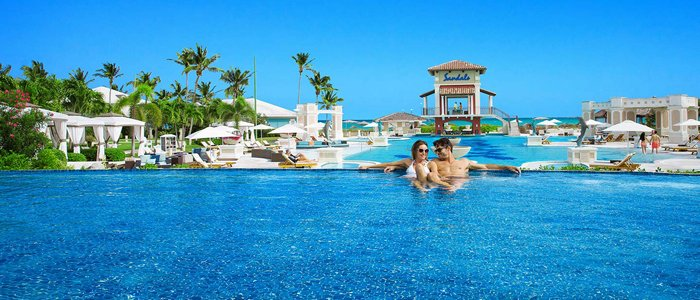 Sandals Emerald Bay includes infinity pool and poolside service