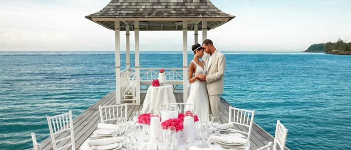 Book your destination wedding through Honeymoons, Inc.