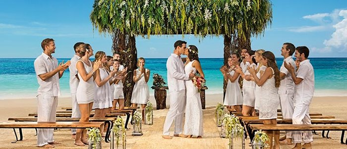 Secrets Akumal adults only offers affordable wedding packages