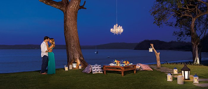 Secrets Papagayo Costa Rica includes romantic dinners by the water