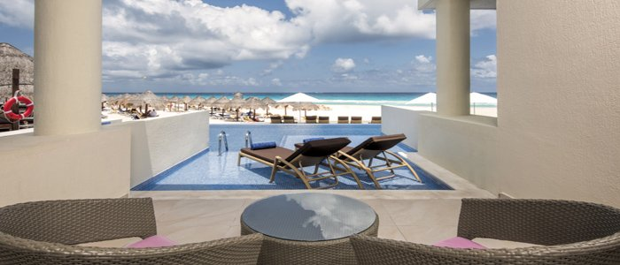 Swim out suites at Iberostar Cancun