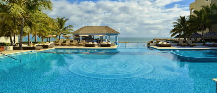 Iberostar Grand Rose Hall includes poolside service