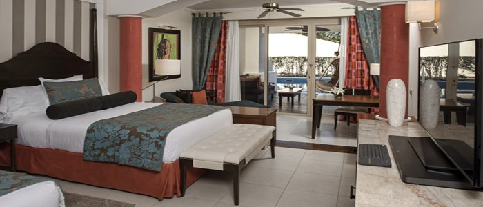 Iberostar Grand Rose Hall include swim out suites
