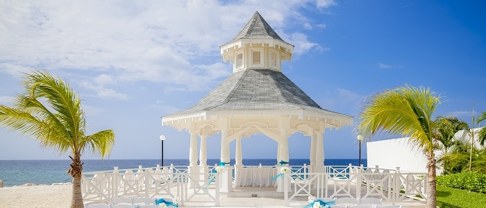 luxury-bahia-principe-jamaica-wedding