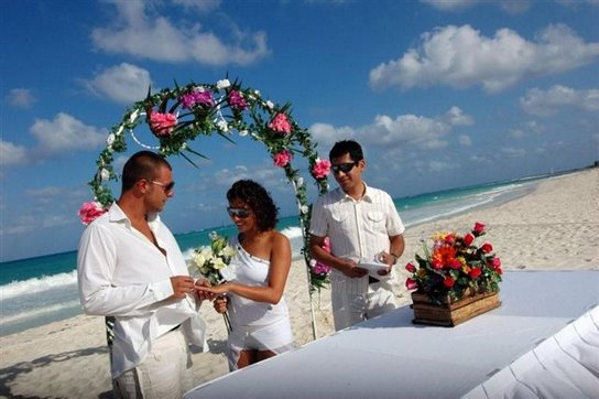 Catalonia playa maroma resort all inclusive riviera maya for Mexico wedding packages