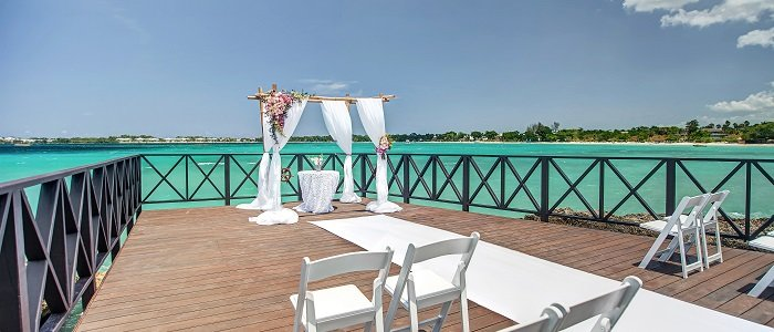 Hideaway Royalton Negril includes affordable wedding packages