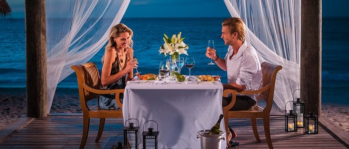 turks and caicos romantic dining at Beaches