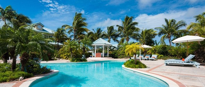 Beach House Turks Caicos poolside service