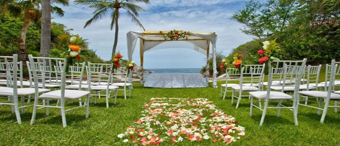 Huatulco Wedding And Vow Renewal Packages Are Also Available At Las Brisas
