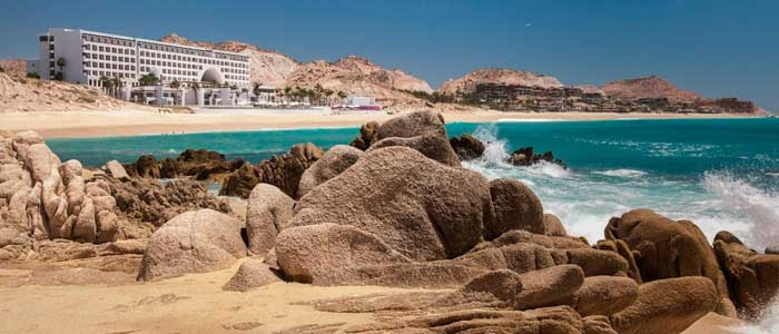 Beautiful oceanfront resort in Los Cabos