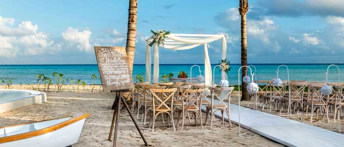 Let us help you book your destination wedding today!