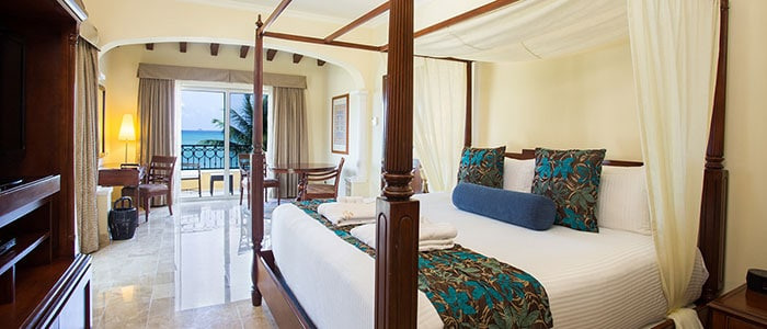 Preferred Club One Bedroom Honeymoon Suite Ocean Front