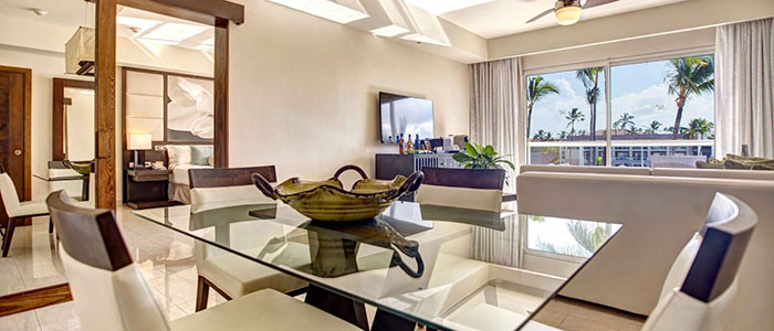 Diamond Club Luxury Presidential One Bedroom Suite
