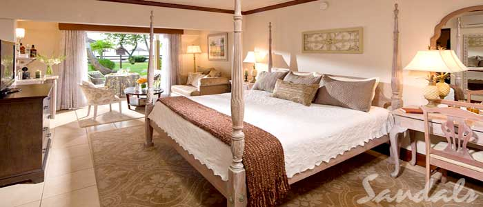 Caribbean Honeymoon Beachfront Grande Luxe Walkout Club Level - HWGB