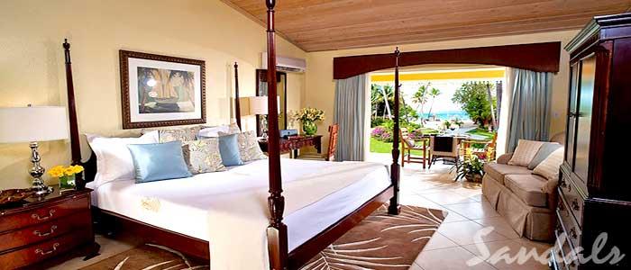 Caribbean Honeymoon Walkout Club Level Veranda Suite - HWJS