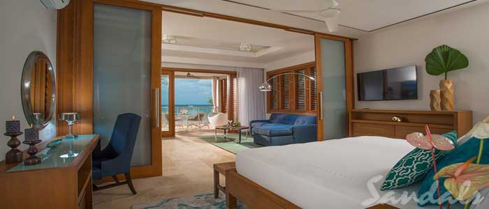 Beachfront Romeo & Juliet One-Bedroom Butler Villa Suite with Outdoor Tranquility Soaking Tub - RJ