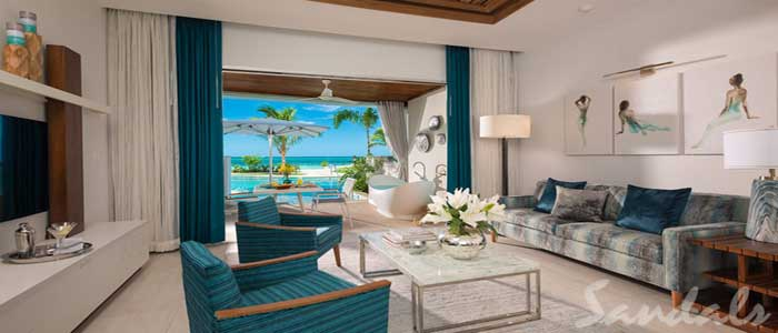 Beachfront Swim-up Millionaire One Bedroom Butler Suite w/ Patio Tranquility Soaking Tub - SM1B