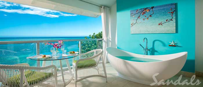Oceanfront Penthouse Club Level Junior Suite w/Balcony Tranquility Soaking Tub - PJS