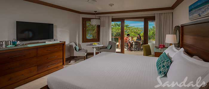 Caribbean Beachfront Grande Luxe Club Level Room w/ Balcony Tranquility Soaking Tub - GBT