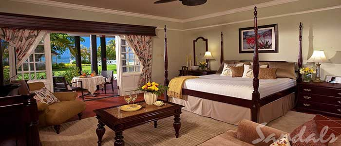 Honeymoon Beachfront Butler Suite - HS