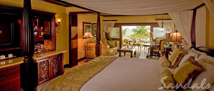 Crystal Lagoon Honeymoon Beachfront Penthouse One Bedroom Butler Suite - P1